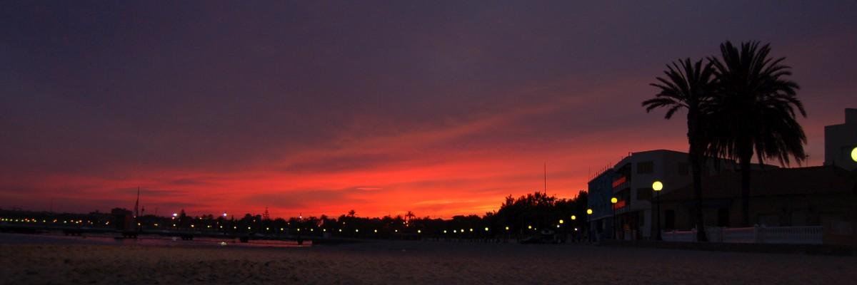 dusk_at_los_alcazares1200x400